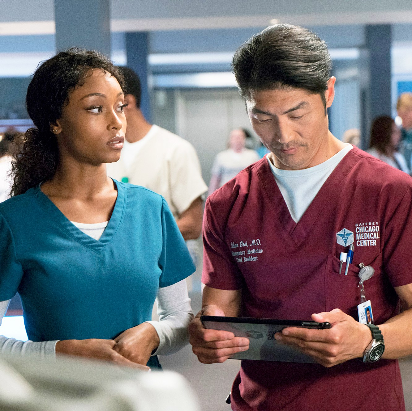 Yaya DaCosta as April Sexton and Brian Tee as Ethan Choi on 'Chicago Med'